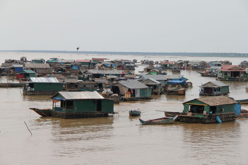 The floating village o Chong Kneas | foto: angkorwatdaytour.com