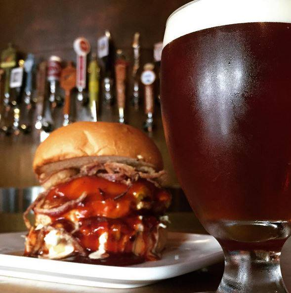 STOUT burger restaurante los angeles hollywood 02