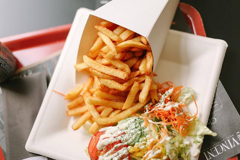 Batata frita do Chez Vincent | foto: chasingheartbeats.com