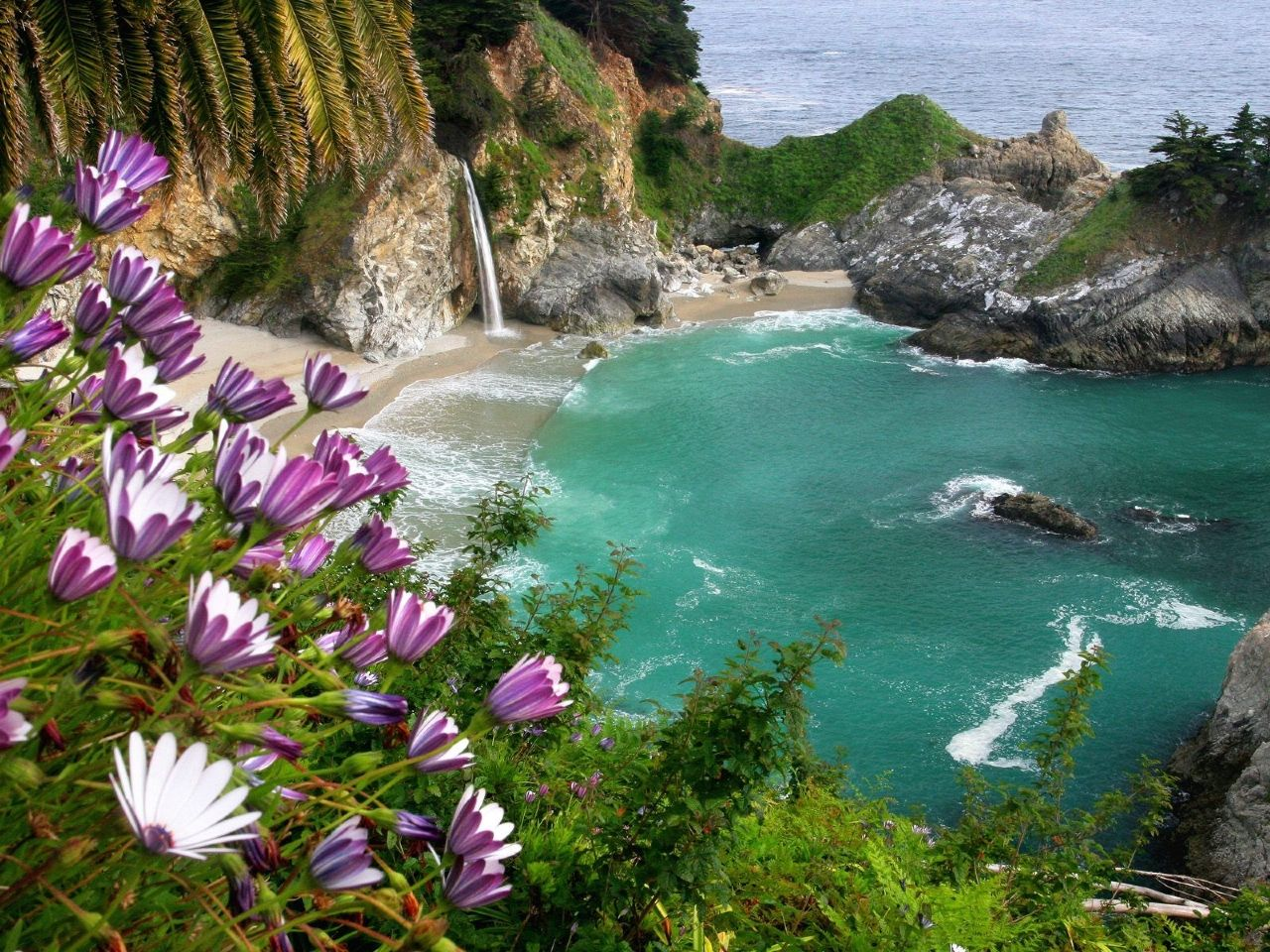 Julia Pfeiffer Burns State Park - McWay falls | foto: bigsur.tips
