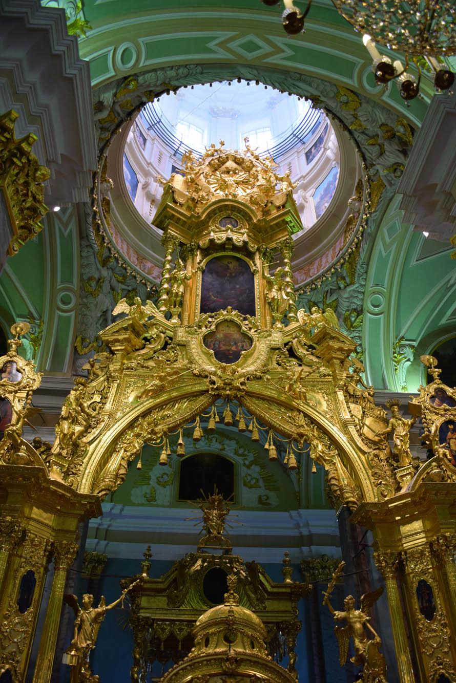 Interior da Catedral de São Pedro e São Paulo, em São Petersburgo