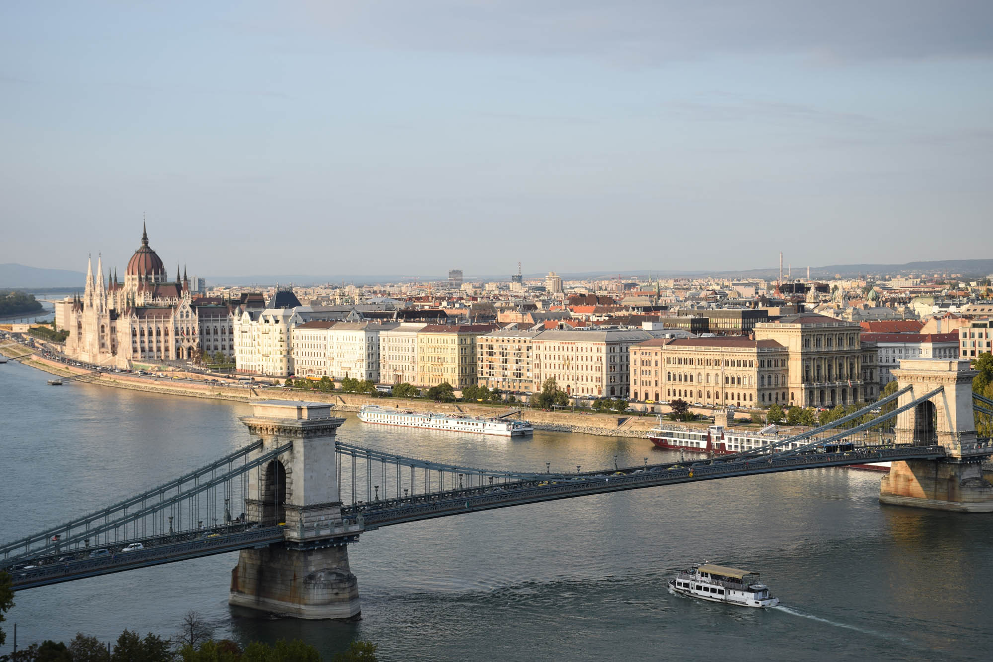 chain bridge budabeste