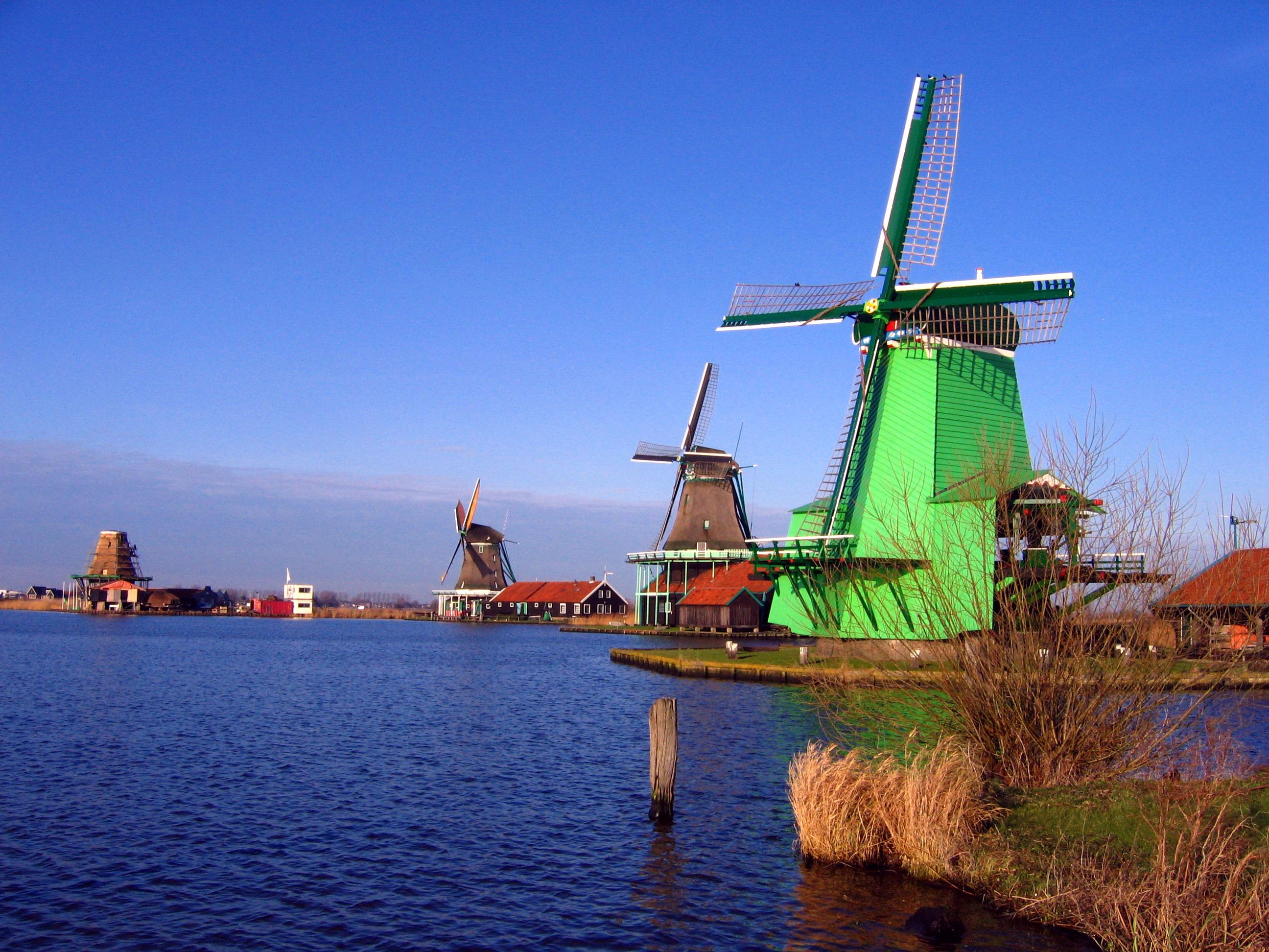 Moinhos de vento - Zaanse Schans | foto: tourism-spot.com