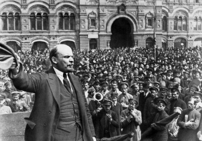Vladmir Lenin - líder dos Bolcheviques