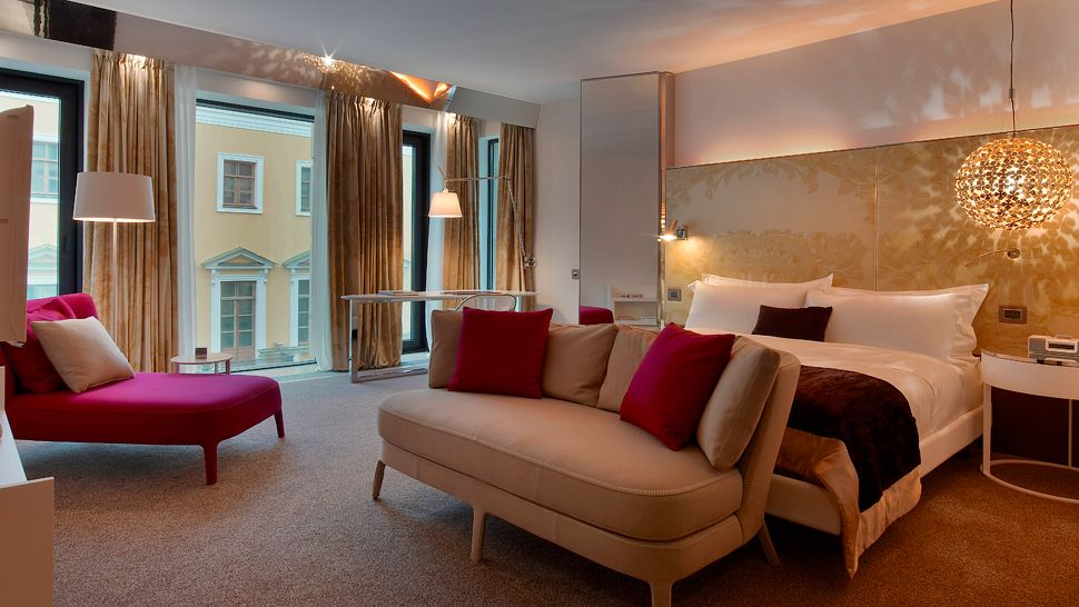 "Quarto ""Mega Room"" do Hotel W St. Petersburg | foto: kiwicollection.com"