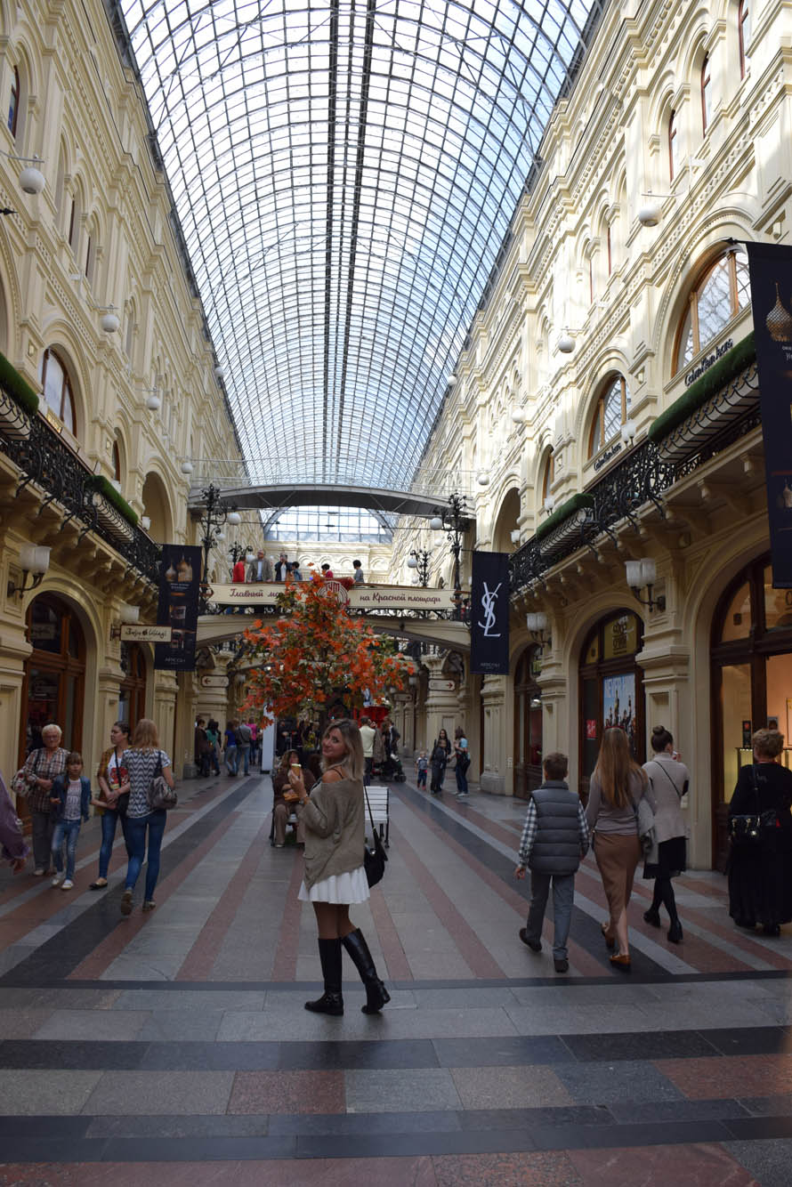 gum shopping center praca vermelha moscou lala rebelo