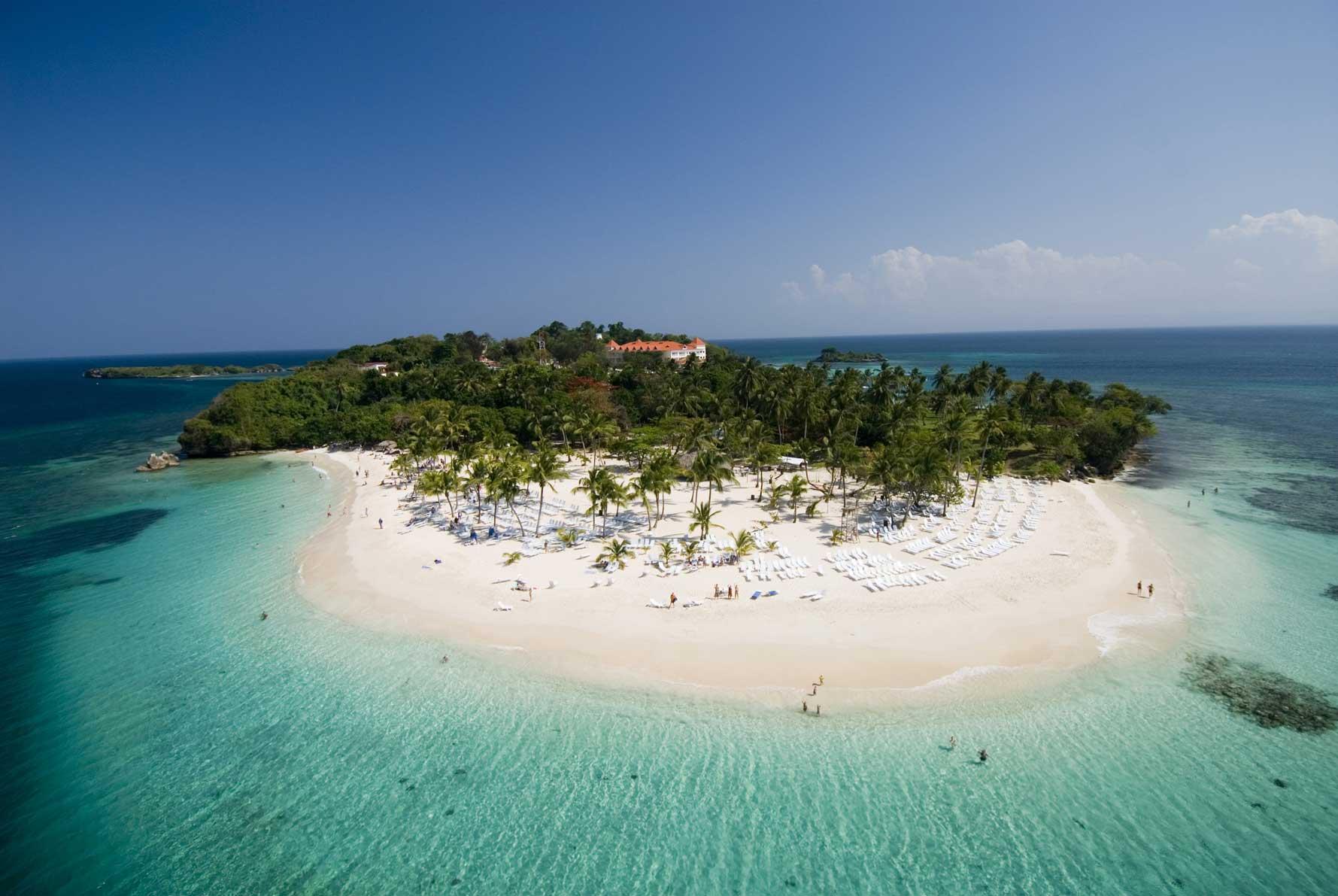 A tão falada ilha: CAYO LEVANTADO - Samaná - República Dominicana | foto: best-beaches.com