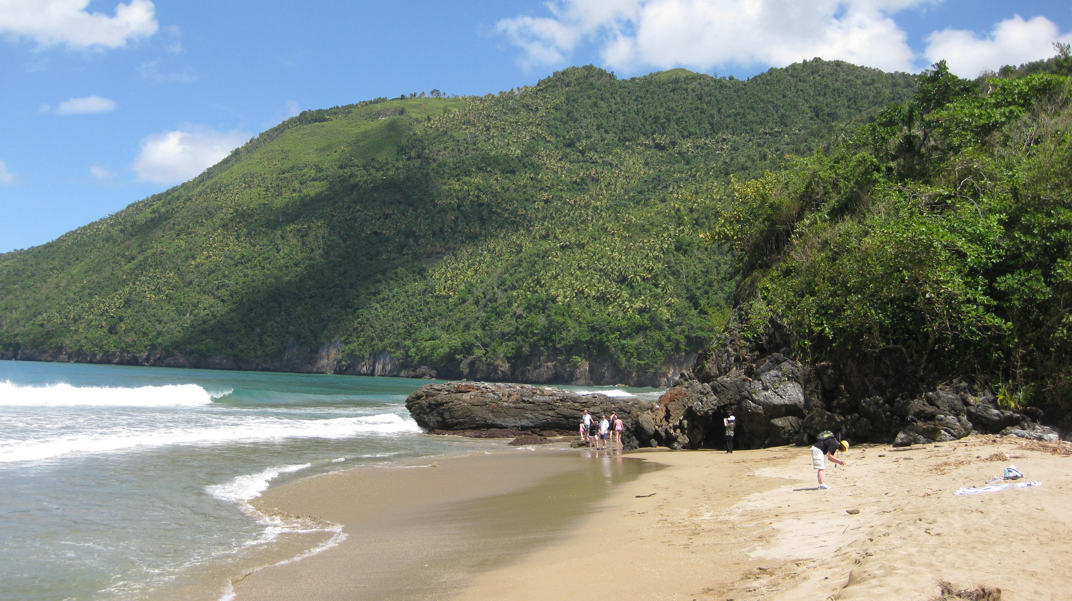 Playa El Valle - Samaná - República Dominicana | foto: exploradominicana.com