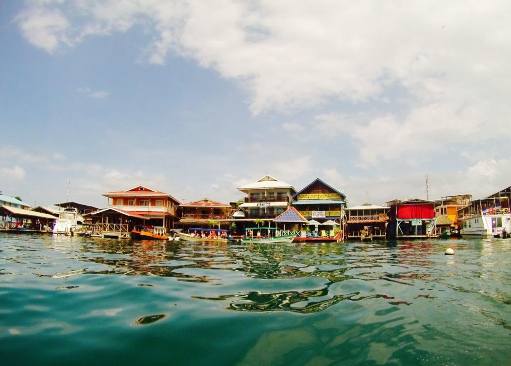 A cidadezinha Bocas Town - Arquipélago Bocas del Toro - Panamá