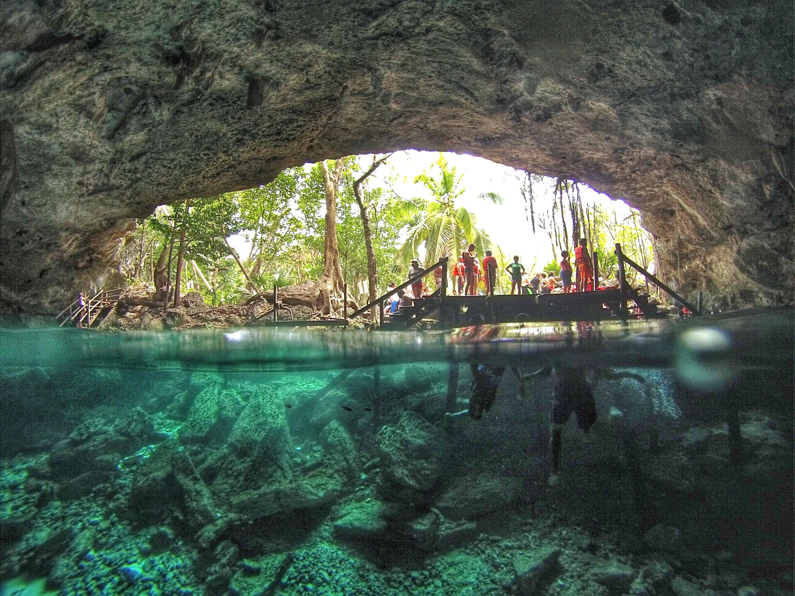 Cenote Dos Ojos - Riviera Maya - México