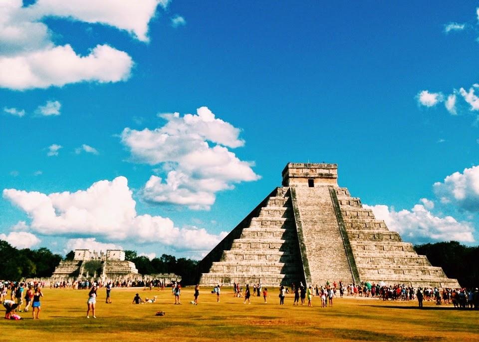 Templo de Kukulcán (El Castillo) - Chichén Itzá - Cidade Maia
