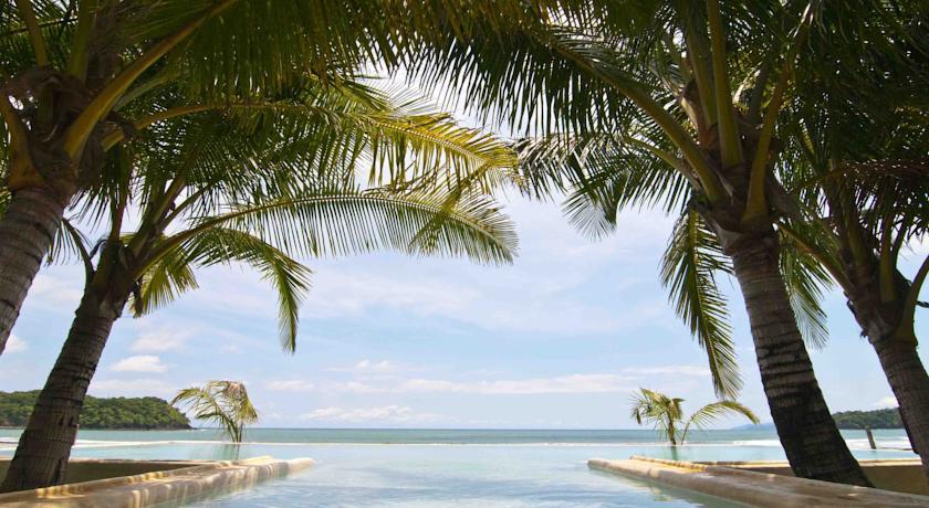 Piscina do Hotel El Sitio de Playa Venao, Pedasí, Panamá | foto: booking.com