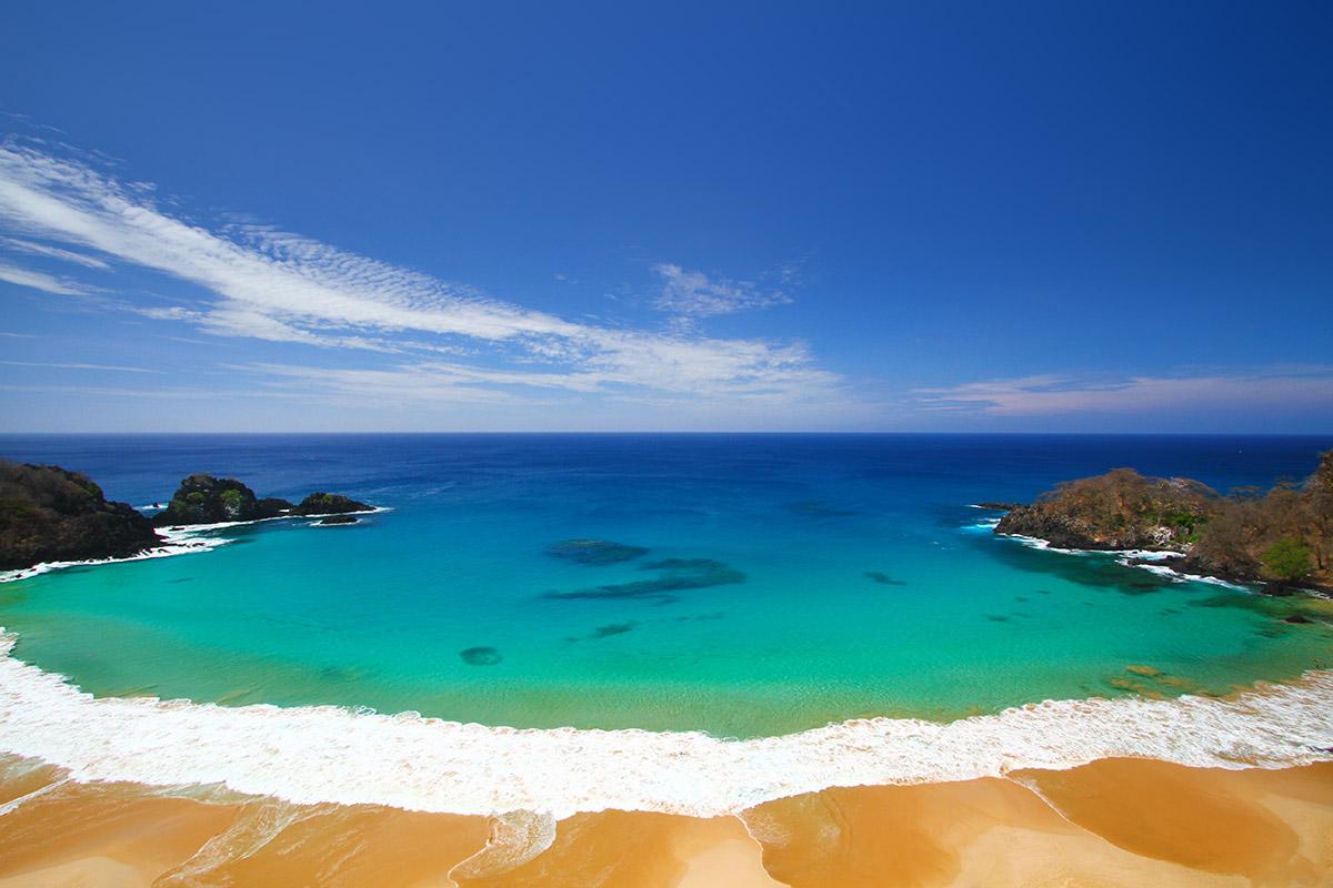 Praia do Sancho - Fernando de Noronha | foto: pousadazemaria.com.br