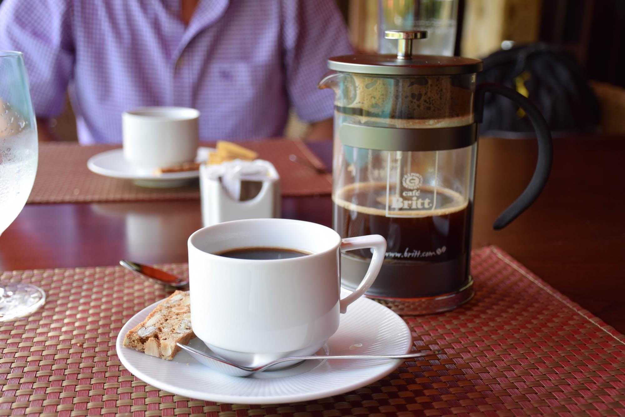 E o café lá (e em todo o hotel) é sempre servido assim! Fresquíssimo!