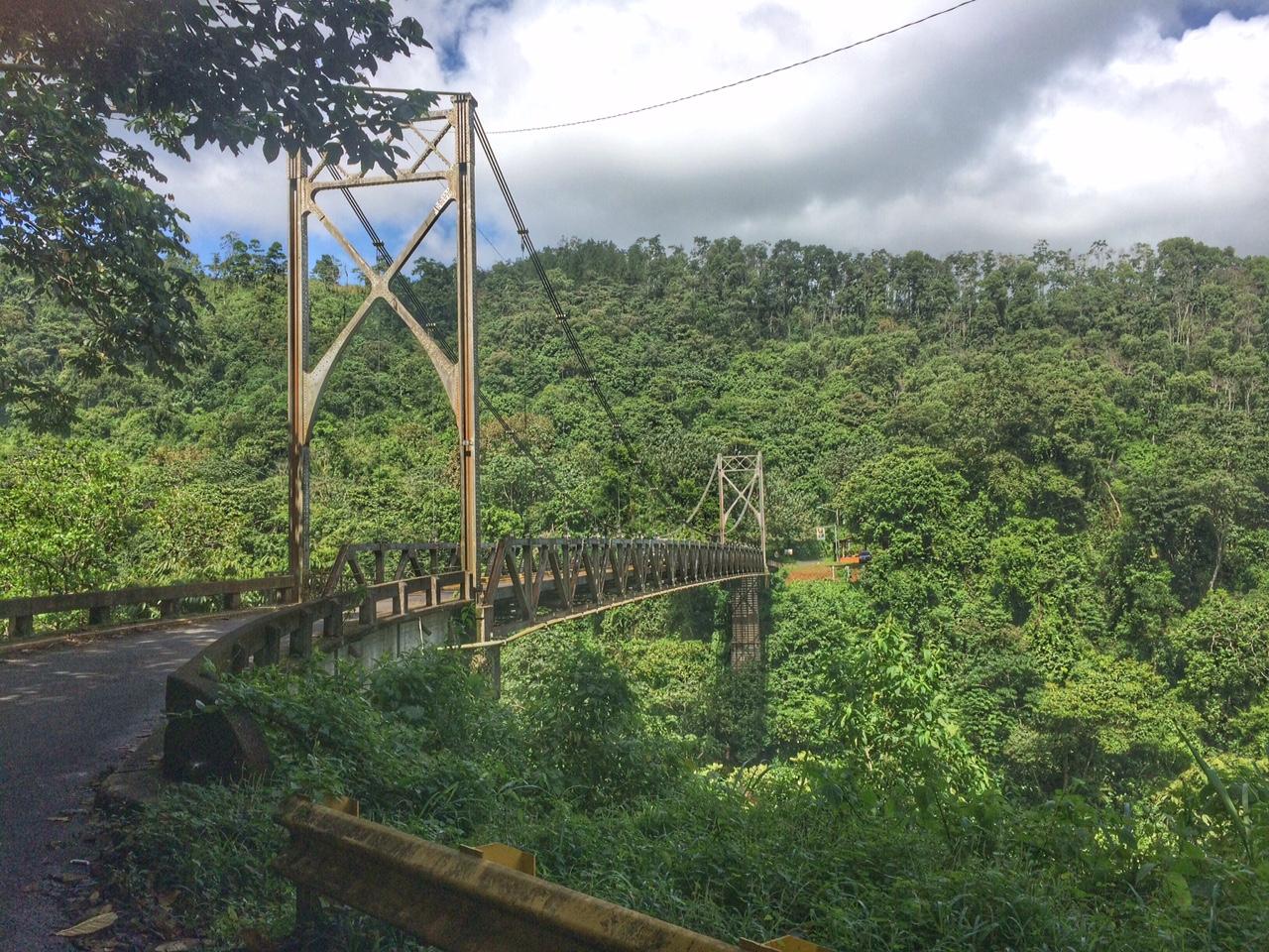 Ponte na estrada chegando em La Fortuna (Arenal), Costa Rica