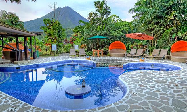 Piscina do Naraya Hotel Spa e Gardens | foto: divulgação do hotel