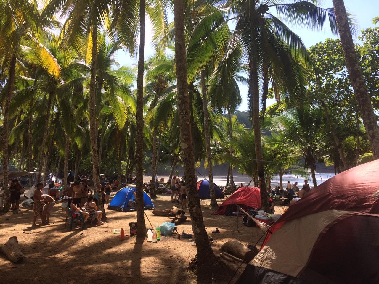 Playa Ventanas em um 1º de janeiro - mais cheia que o normal