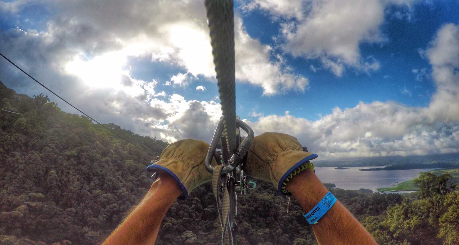 Sky Trek - Arenal - Costa Rica (meu marido na foto!!)
