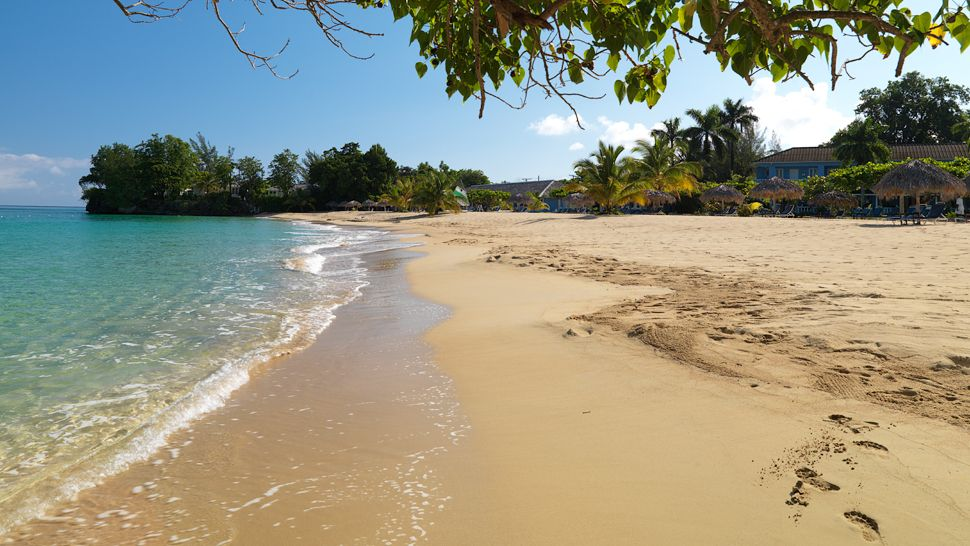Praia privada - Jamaica Inn Ocho Rios