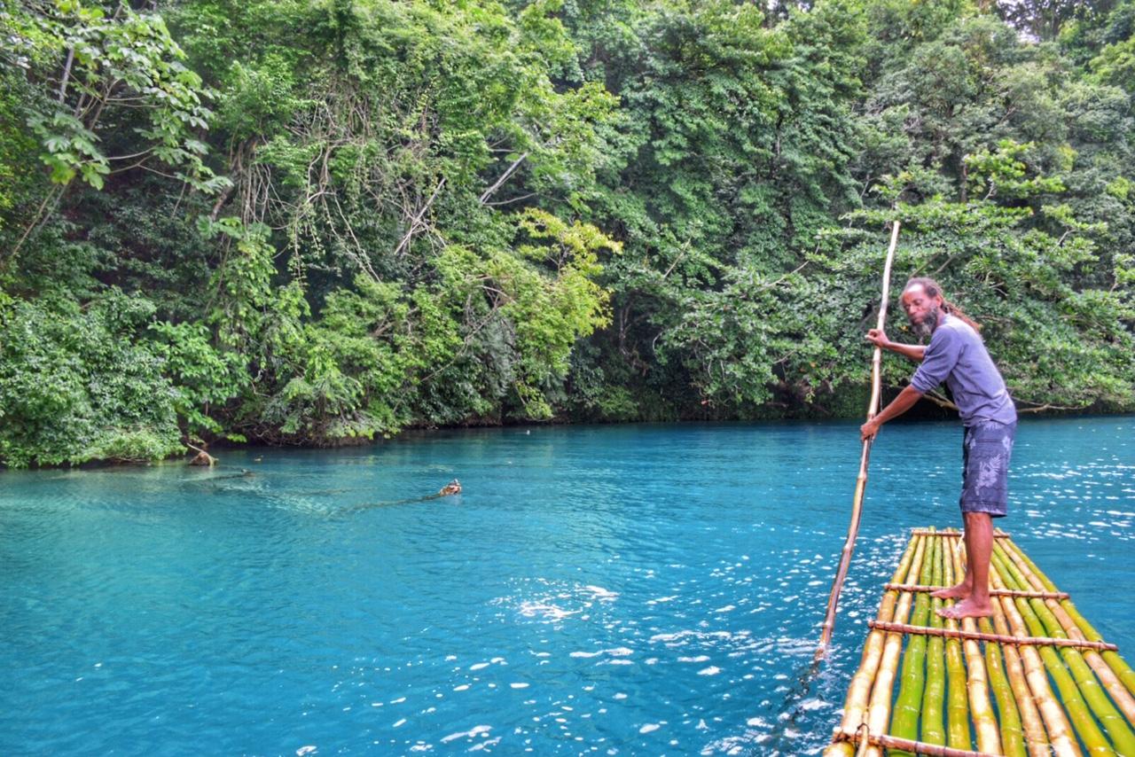 blue-lagoon-lagoa-azul-port-antonio-portland-jamaica-dicas-praias-13