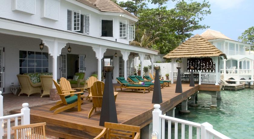 bonne-amie-villa-por-antonio-blue-lagoon-hotel-jamaica-04