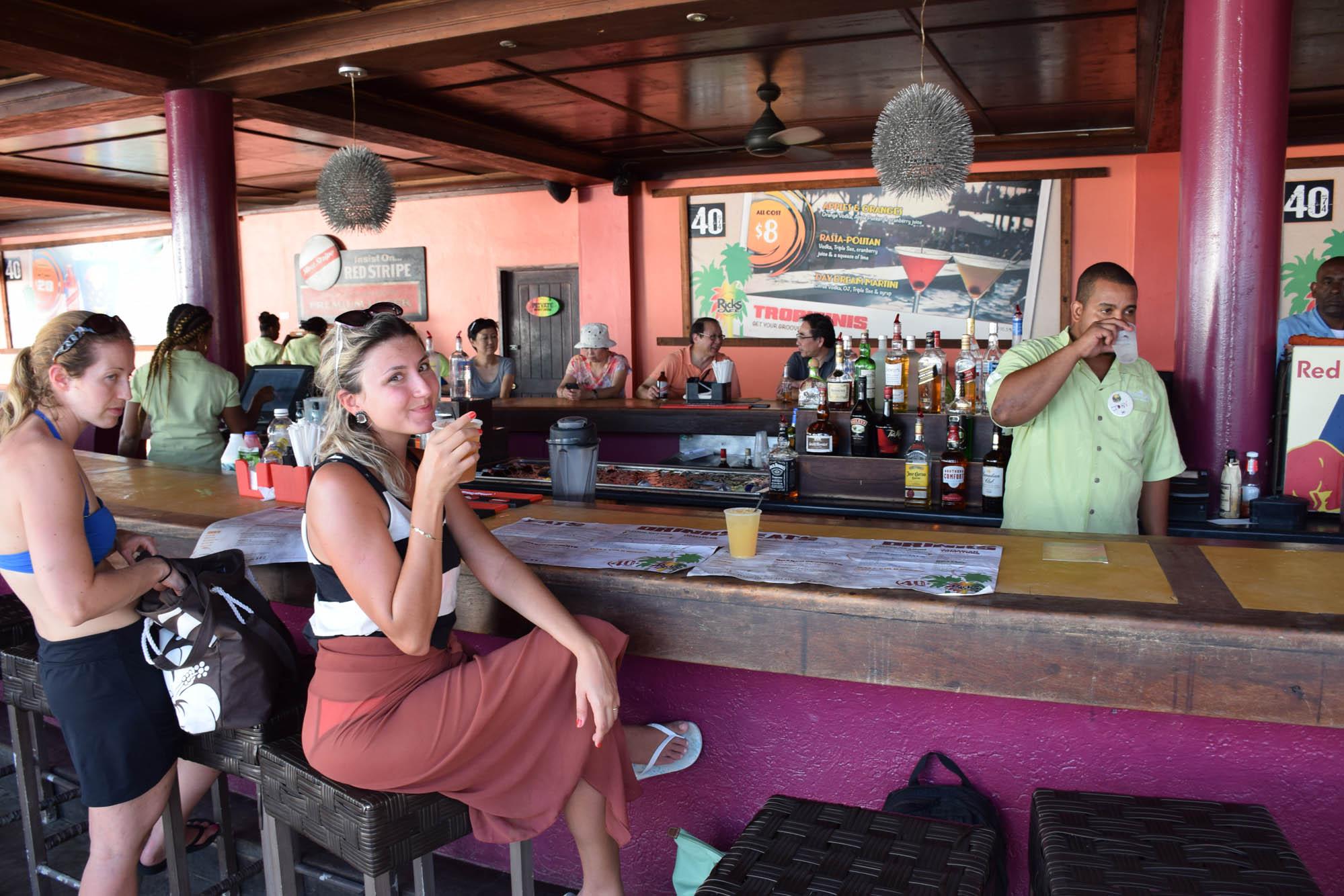 RICKS-CAFE-NEGRIL-JAMAICA-CLIFFS-JUMPING