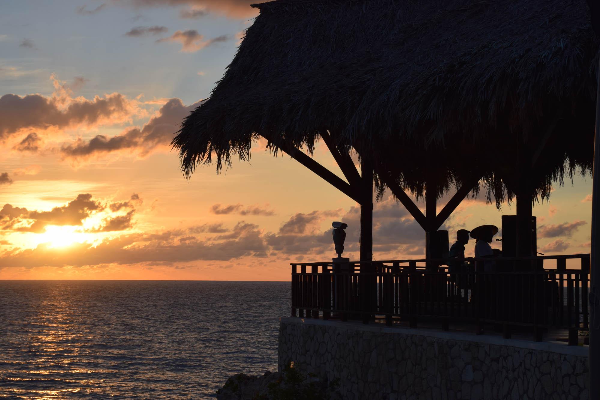 Assistir ao por do sol no Rick's Café também é imperdível! Negril, Jamaica