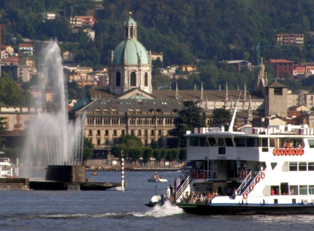 Cidade de Como e a Catedral - Duomo