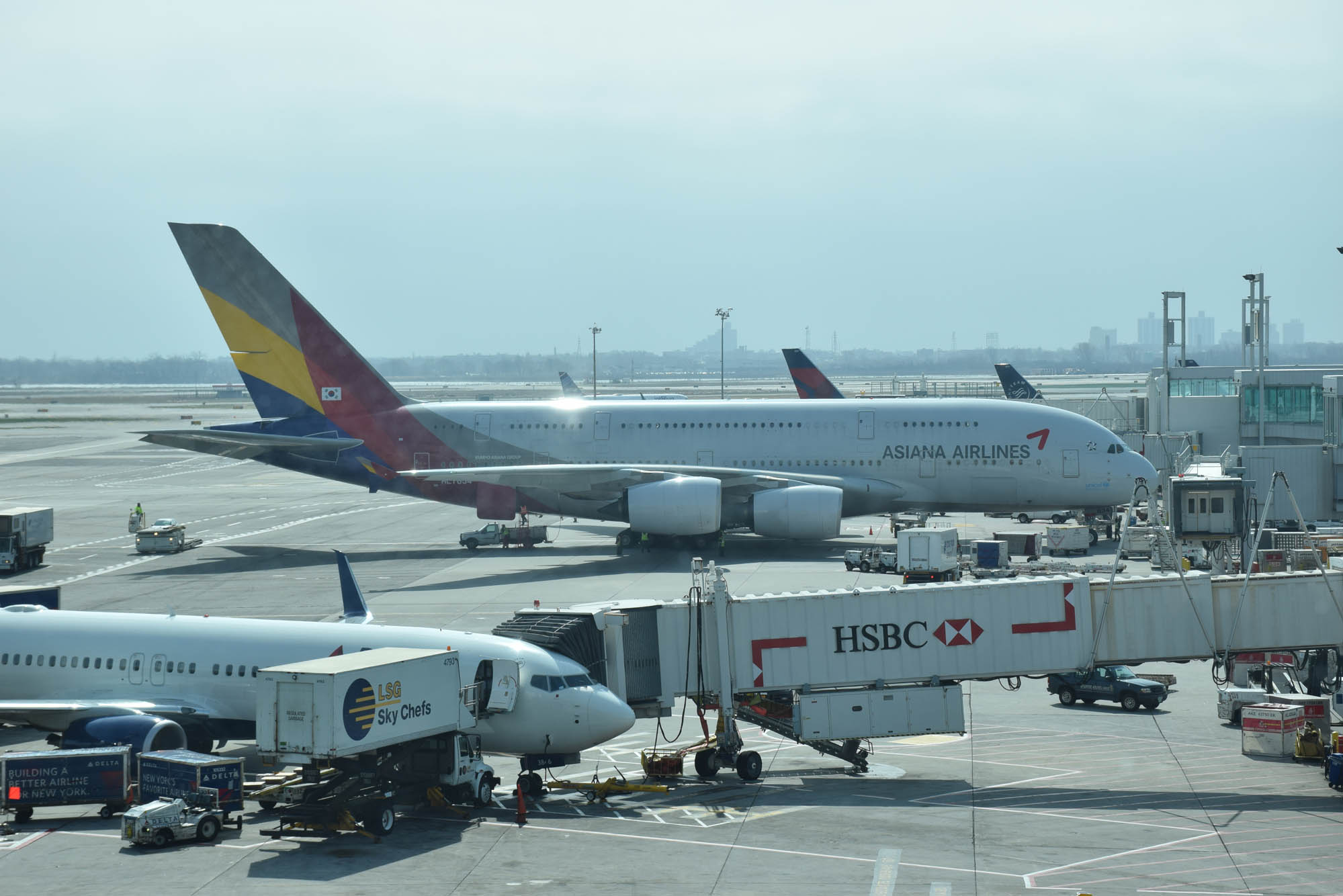 A380 da Asiana Airlines - companhia aéra da Coreia do Sul. Muito boa!!