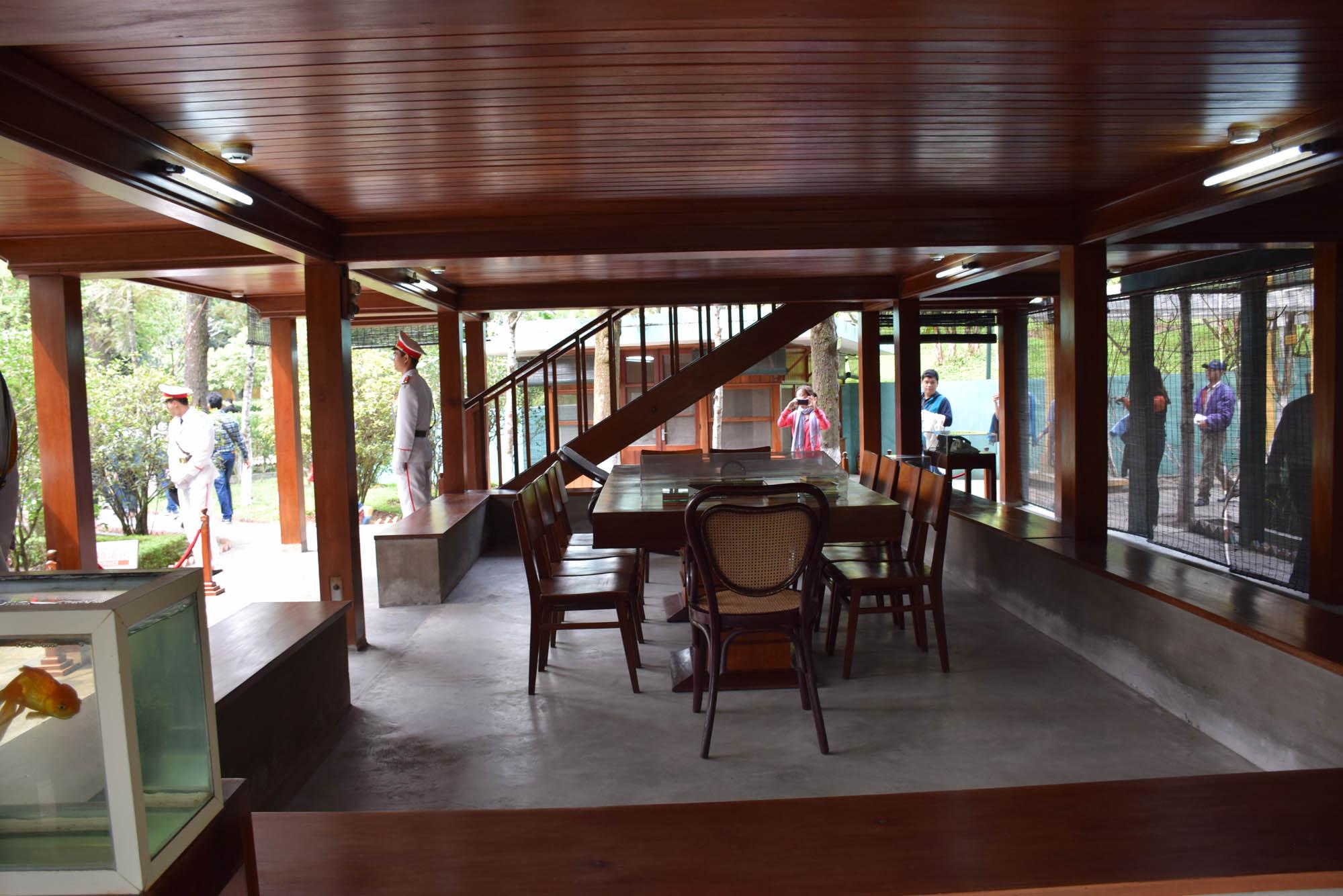 Sala da casa de Ho Chi Minh - Hanoi