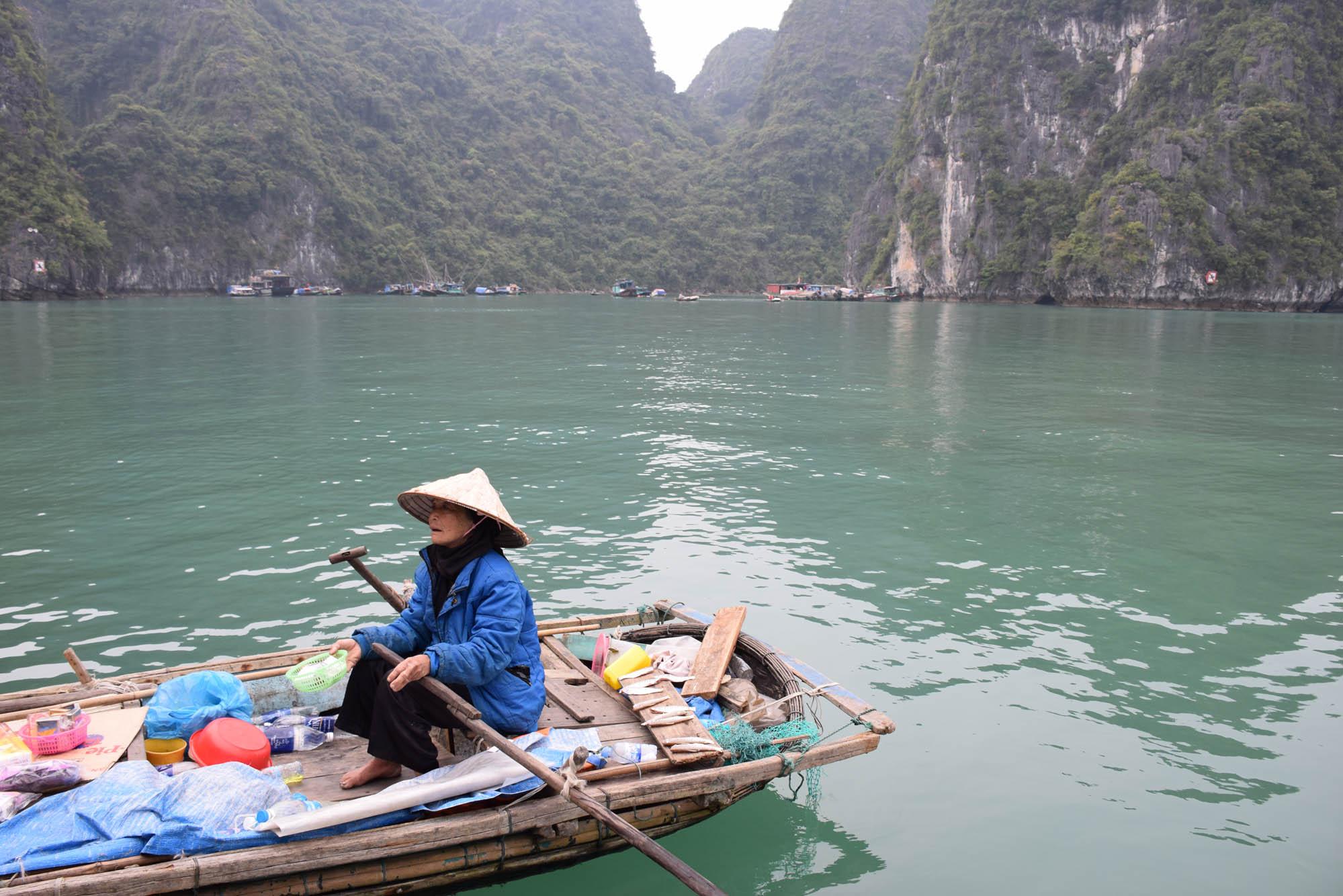 02-HaLongBay-Vietna_0676