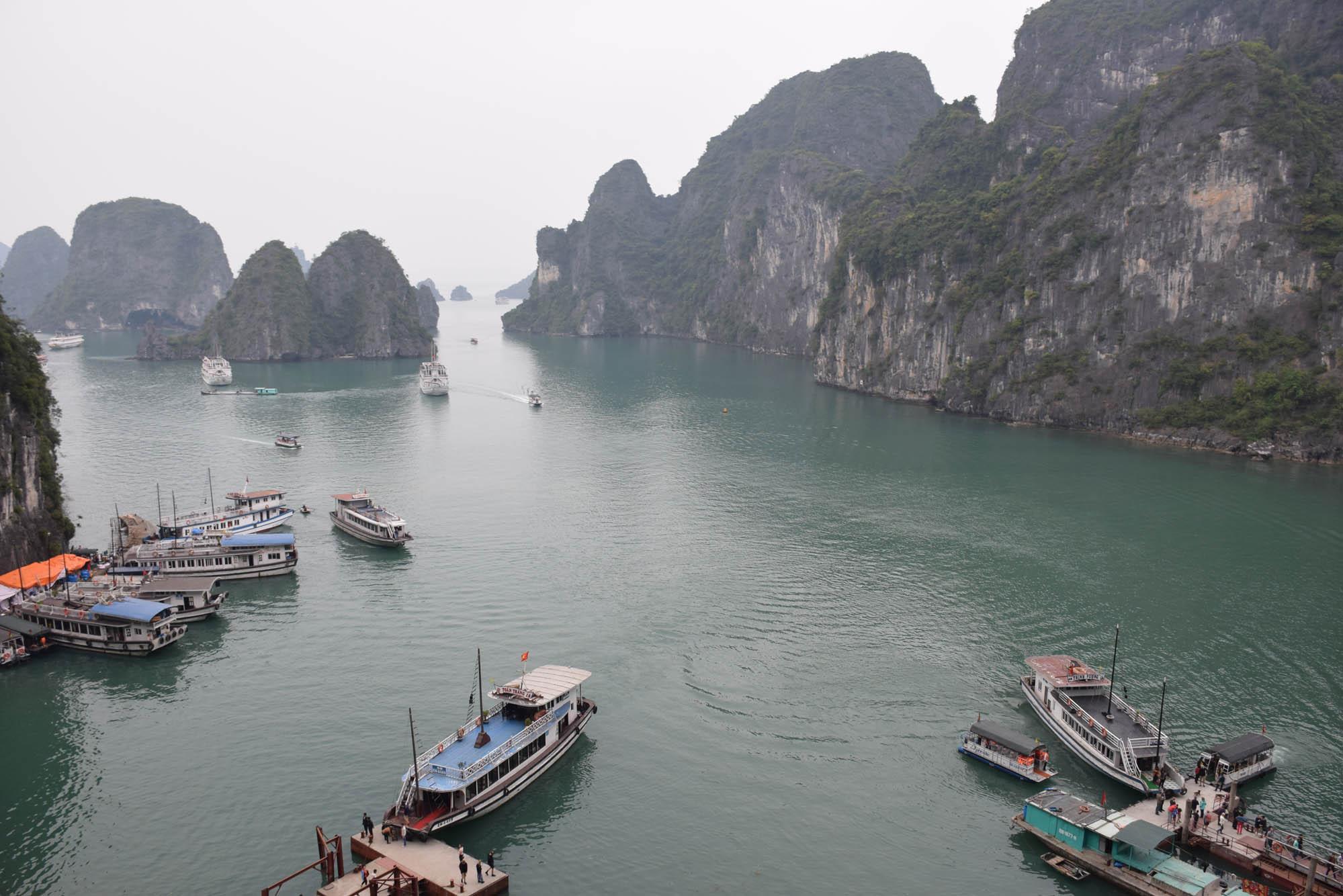 02-HaLongBay-Vietna_0769