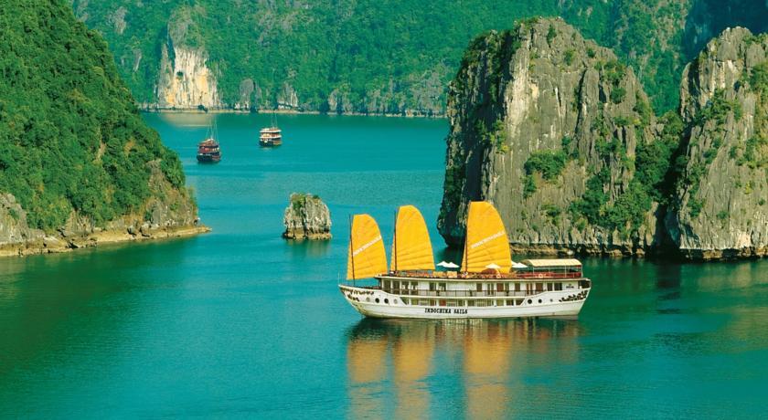 Indochina Sails Cruise - um dos barcos mais famosos de Halong Bay | foto: divulgação