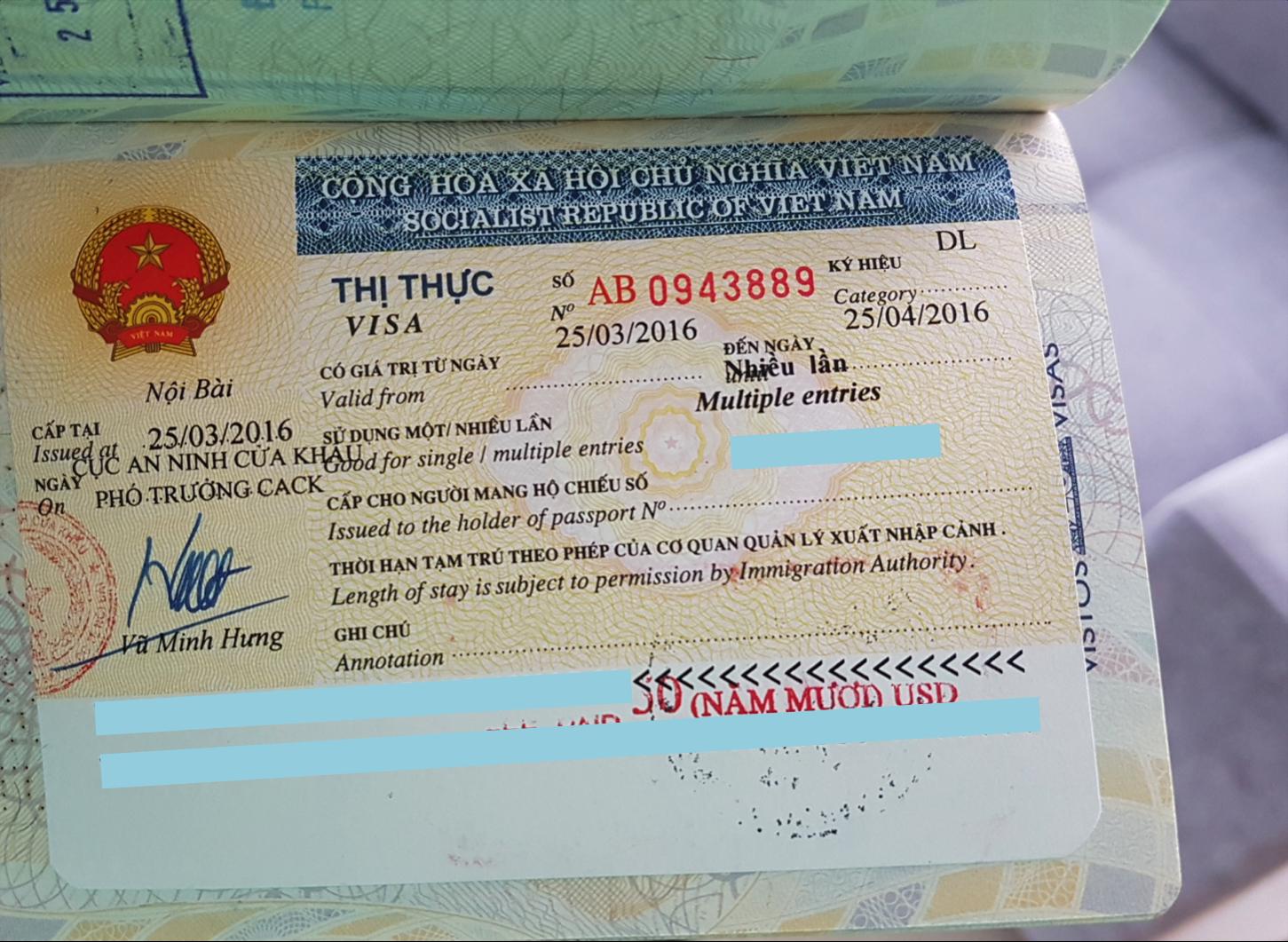 Visto do Vietnã emitido no aeroporto e colado no passaporte do meu marido (Vietnam Visa On Arrival)