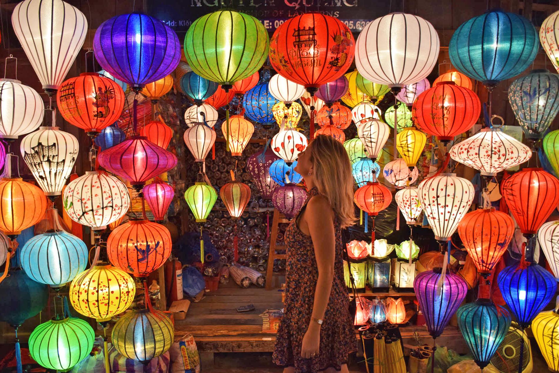 Muitas e muitas lanternas a venda em Hoi An. Liiindo!!!