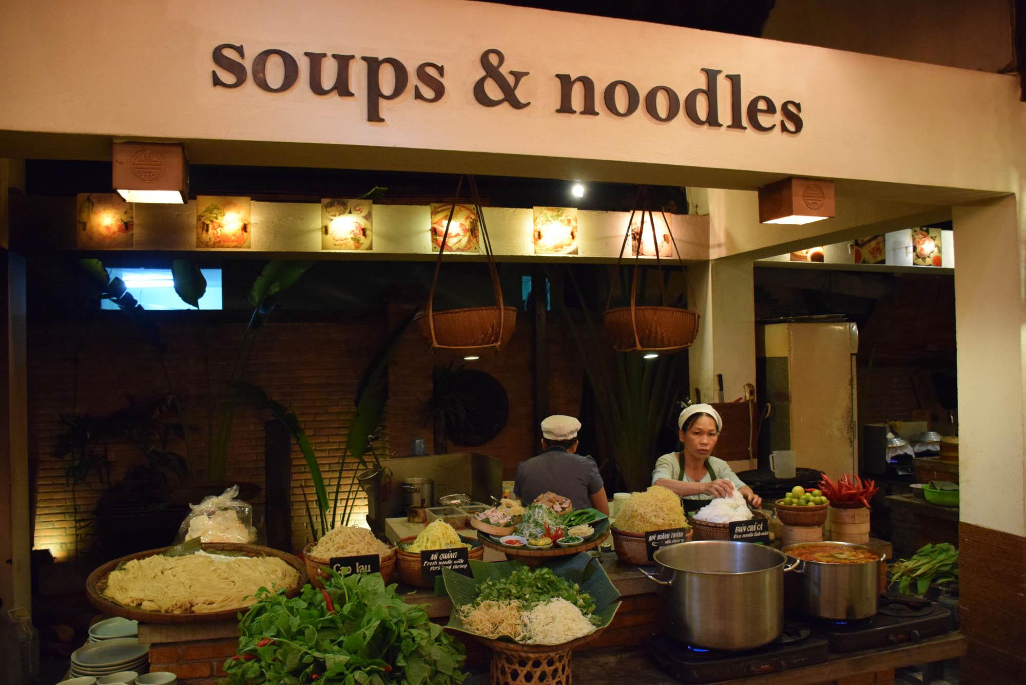 vys-market-hoi-an-restaurant