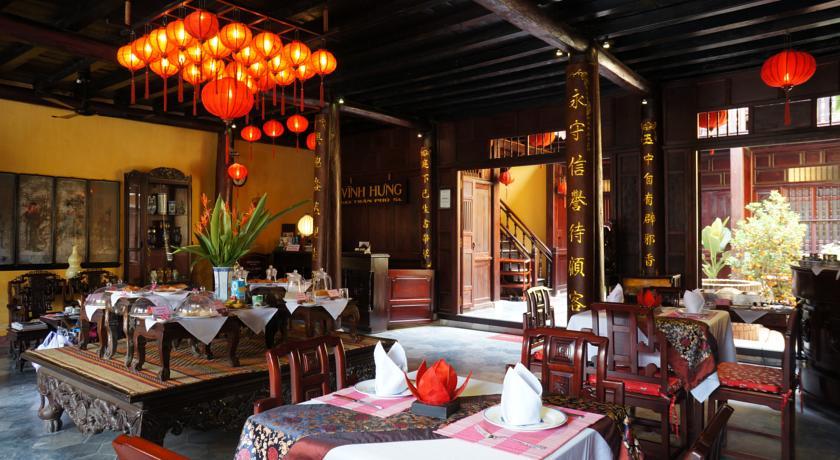 Recepção e restaurante do Vinh Hung Heritage Hotel, no centro histórico de Hoi An | foto: divulgação