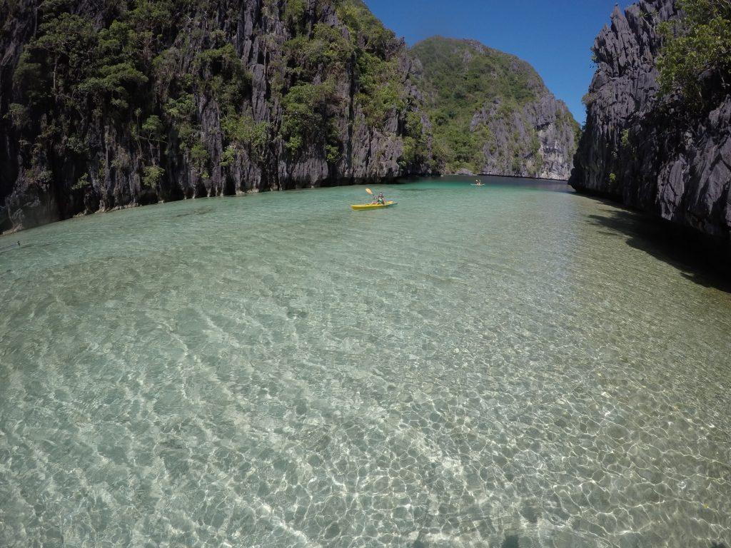 Indo embora da Big Lagoon felizes, depois de horas e horas com o paraíso só para nós!!!