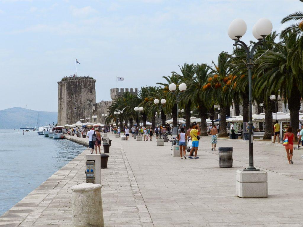 Passeando por Trogir, na Croácia (pertinho de Split)