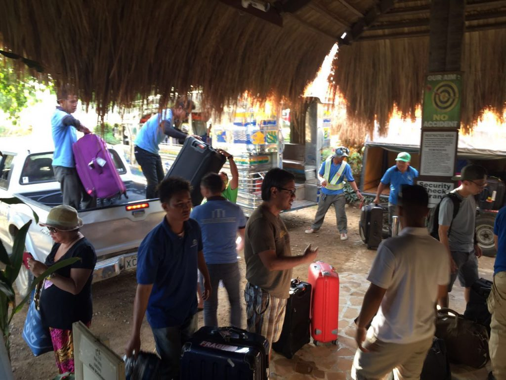 el-nido-airport-air-swift-philippines-03