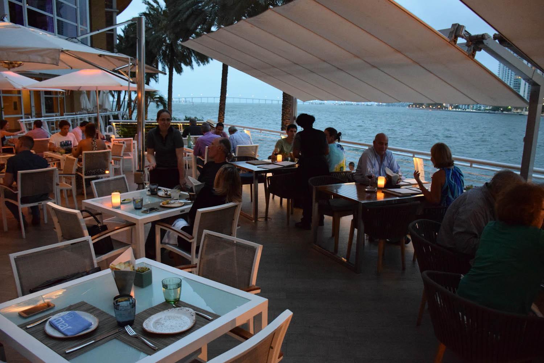 Ambiente externo do Restaurante La Mar - Hotel Mandarin Oriental - Brickell - Miami
