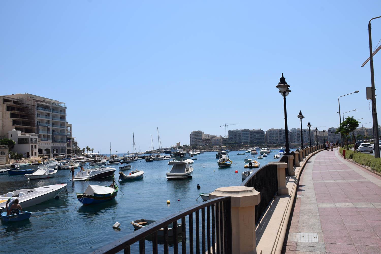 Promenade em Spinola Bay - St. Julian's - Malta