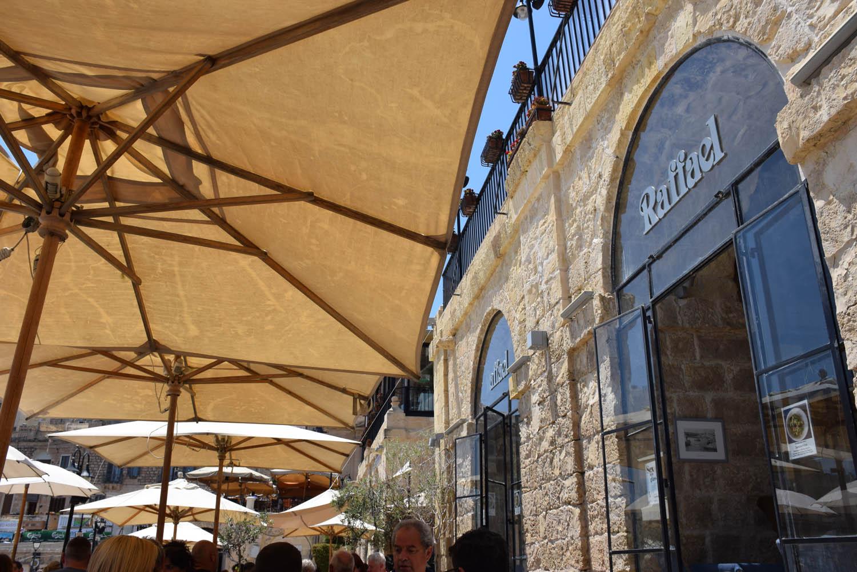 Restaurante Raffael em Spinola Bay - St. Juliens - Malta