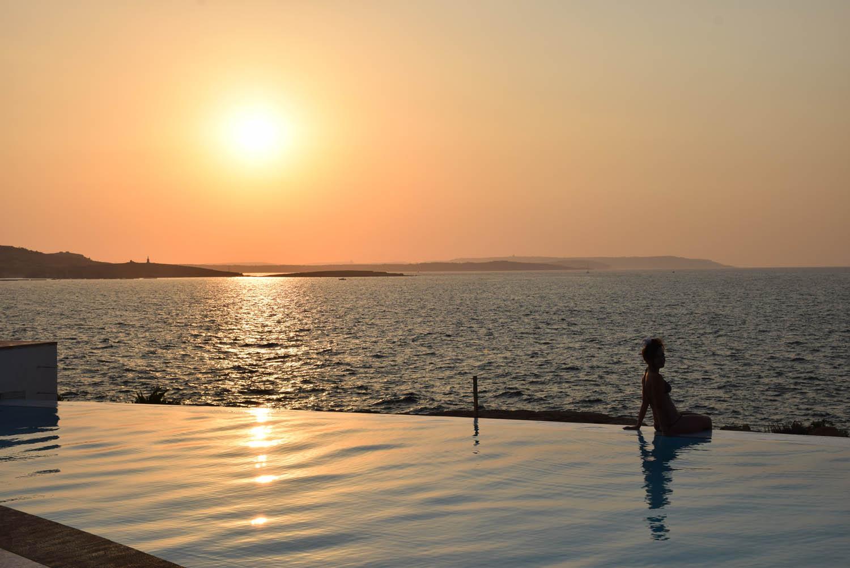 Lugar mara para o pôr do sol! Café del Mar Malta