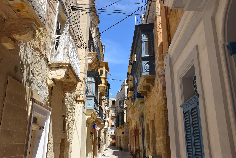 Pelas ruelas estreitas de Vittoriosa, Malta