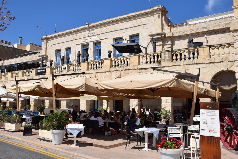 Grand Harbour de Vittoriosa - vários restaurantes a beira-mar