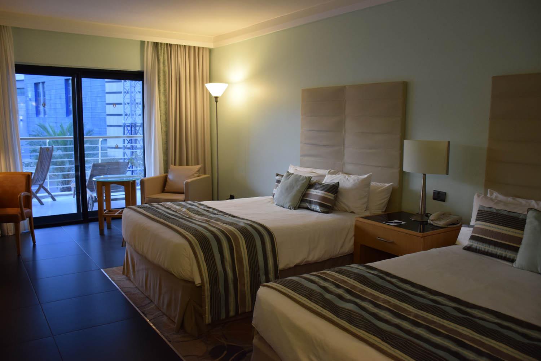 Meu quarto no Hotel InterContinental Malta, em St. Julian's