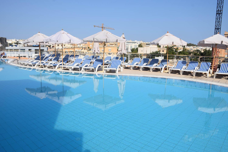 Piscina externa | Hotel InterContinental Malta - em St. Julian's