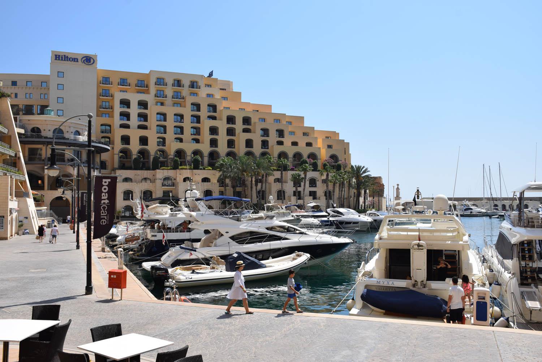 Hotel Hilton Malta em Spinola Bay, St. Julian's