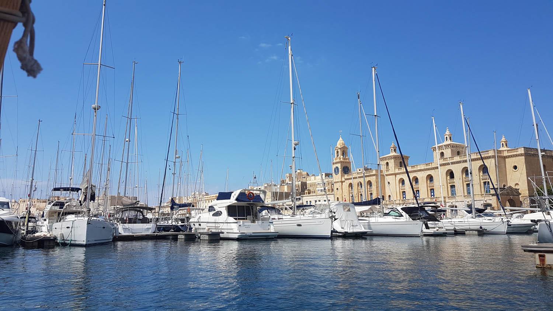 Marina de Vittoriosa - chegando em uma das Three Cities, Malta